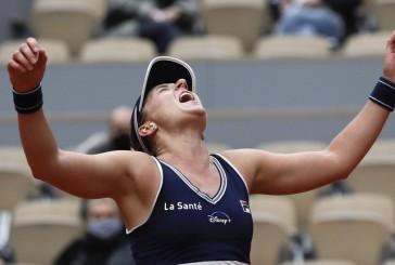 De dormir en aeropuertos y superar graves lesiones a brillar en Roland Garros: el lado desconocido de Nadia Podoroska