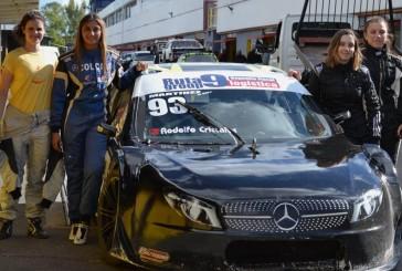 Pilotos, mecánicas, ingeniera y jefa de equipo: cómo es la primera escudería femenina del automovilismo argentino
